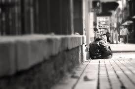 Jak wielu bezdomnych ludzi nie przetrwa nadchodzącej zimy?