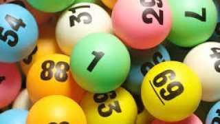Rolnik wygrał milion euro w Lotto i zostawił swój kupon w niezamkniętym samochodzie